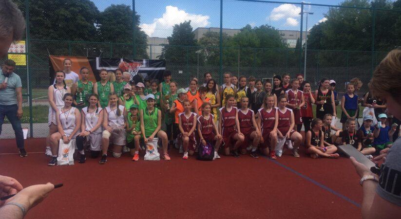 Турнір 3 на 3 з баскетболу